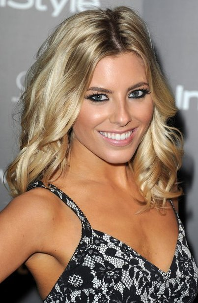 mollie king bra size  age  weight  height  measurements