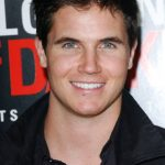 Robbie Amell Age, Weight, Height, Measurements