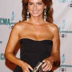 Shania Twain Bra Size, Age, Weight, Height, Measurements