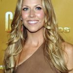 Sheryl Crow Bra Size, Age, Weight, Height, Measurements