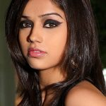 Aparnaa Bajpai Bra Size, Age, Weight, Height, Measurements