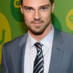 Jay Ryan Age, Weight, Height, Measurements