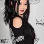 Julia Ling Bra Size, Age, Weight, Height, Measurements