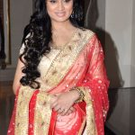 Padmini Kolhapure Bra Size, Age, Weight, Height, Measurements