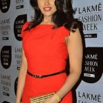 Sameera Reddy Bra Size, Age, Weight, Height, Measurements
