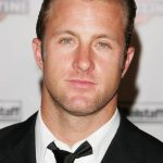 Scott Caan Age, Weight, Height, Measurements