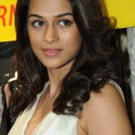 Shraddha Das Bra Size, Age, Weight, Height, Measurements