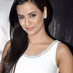 Tia Bajpai Bra Size, Age, Weight, Height, Measurements