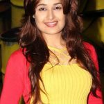 Yuvika Chaudhary Bra Size, Age, Weight, Height, Measurements