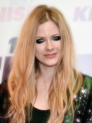 Avril Lavigne Plastic Surgery Before And After Celebrity