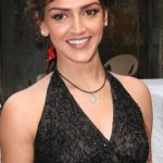 Esha Deol Bra Size, Age, Weight, Height, Measurements