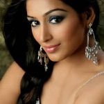 Padmapriya Janakiraman Bra Size, Age, Weight, Height, Measurements