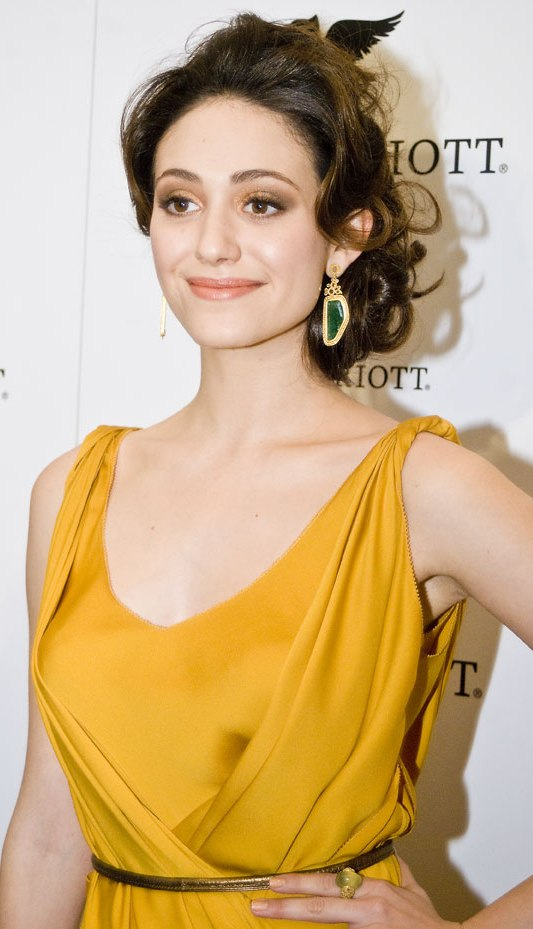 Emmy Rossum Plastic Surgery Before and After - Celebrity Sizes Emmy Rossum Moves