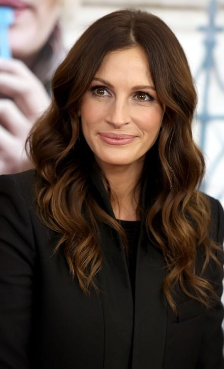 Julia Roberts Plastic Surgery Before and After - Celebrity ... | 455 x 750 jpeg 57kB
