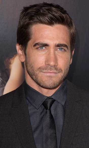 Jake Gyllenhaal Plastic Surgery Before and After ... Maggie Gyllenhaal