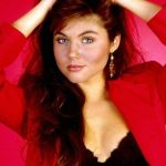 Tiffani Thiessen Plastic Surgery Before and After