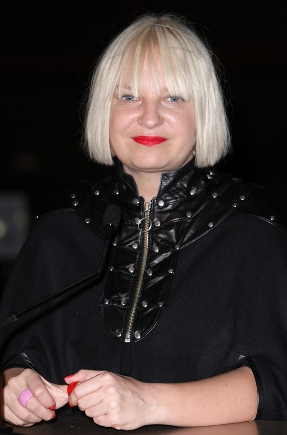 Sia Bra Size Age Weight Height Measurements