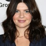 Casey Wilson Bra Size, Age, Weight, Height, Measurements