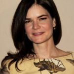 Betsy Brandt Bra Size, Age, Weight, Height, Measurements