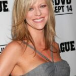 Kaitlin Olson Bra Size, Age, Weight, Height, Measurements