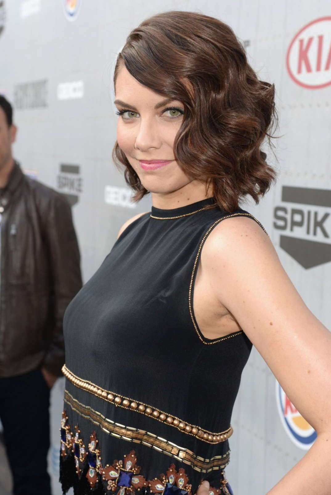 Lauren Cohan Plastic Surgery Before and After - Celebrity Sizes