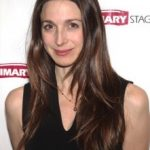 Marin Hinkle Bra Size, Age, Weight, Height, Measurements