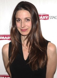 Marin Hinkle Bra Size, Age, Weight, Height, Measurements ...