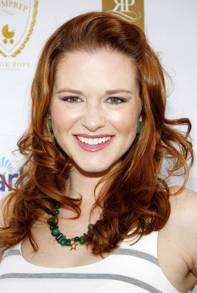 sarah drew bra size  age  weight  height  measurements