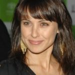 Constance Zimmer Bra Size, Age, Weight, Height, Measurements