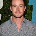 Robert Buckley Age, Weight, Height, Measurements