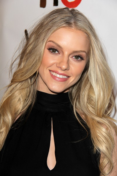 elle evans bra size age weight height measurements