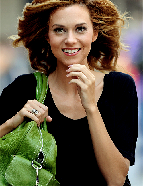 Hilarie Burton Net Worth Celebrity Sizes