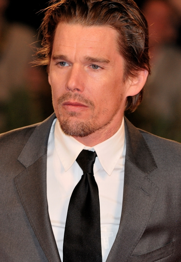 Ethan Hawke Workout Routine - Celebrity Sizes