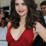 Alison Brie Workout Routine