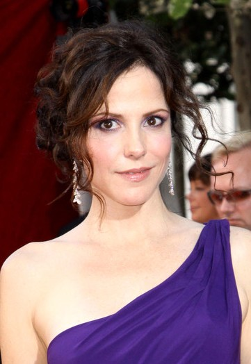 Mary-Louise Parker Net...