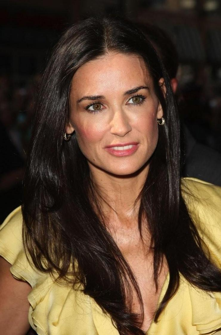 How rich is Demi Moore...