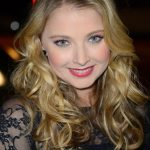 Elisabeth Harnois Net Worth