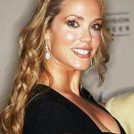 Elizabeth Berkley Net Worth