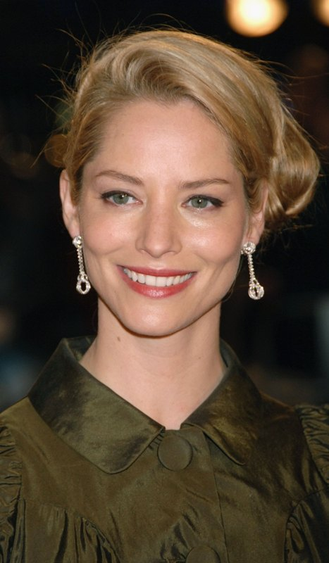 Sienna Guillory Net Wo...