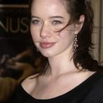 Anna Popplewell Net Worth