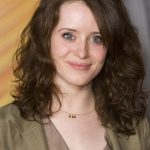Claire Foy Bra Size, Age, Weight, Height, Measurements