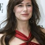 Maura Tierney Bra Size, Age, Weight, Height, Measurements