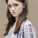 Natalia Dyer Bra Size, Age, Weight, Height, Measurements