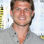 Travis Van Winkle Age, Weight, Height, Measurements