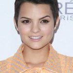 Brianna Hildebrand Net Worth