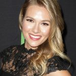 Tori Anderson Bra Size, Age, Weight, Height, Measurements