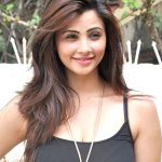 Daisy Shah Net Worth