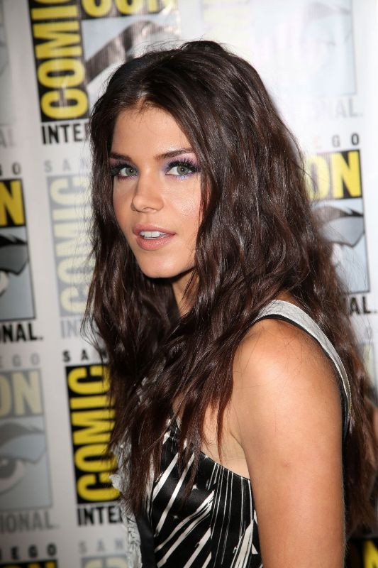 Marie Avgeropoulos Diet Plan Celebrity Sizes
