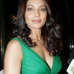 Bipasha Basu Workout Routine