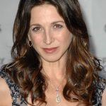 Marin Hinkle Net Worth